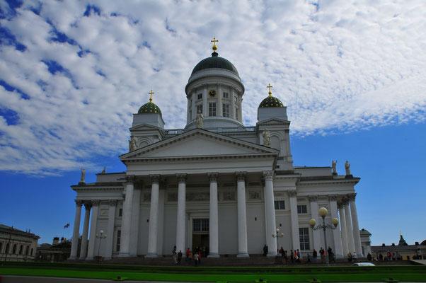 Lutheranische Kathedrale auf dem Hauptplatz von Helsinki
