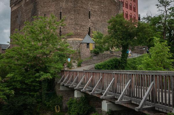 Holzbrücke zur Turmmuseum auf Schönburg in Oberwesel