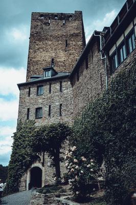 Eingang zum Turmmuseum auf Schönburg in Oberwesel