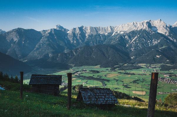 Blick auf Lenzing und Miesberg in Österreich