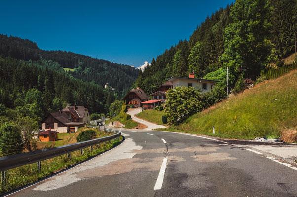 Idyllische österreichische Dorf