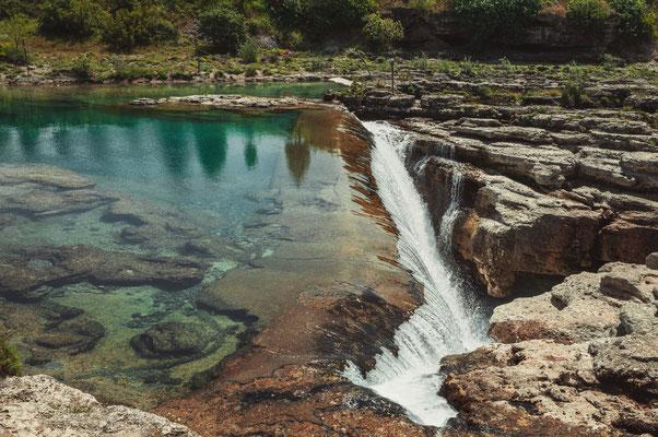 Wasserfall Vodopad Nijagara nahe Podgorica in Montenegro