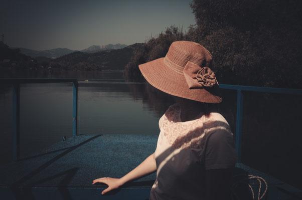 Bootsfahrten dem Fluss Moraca entlang zum Skadarsee