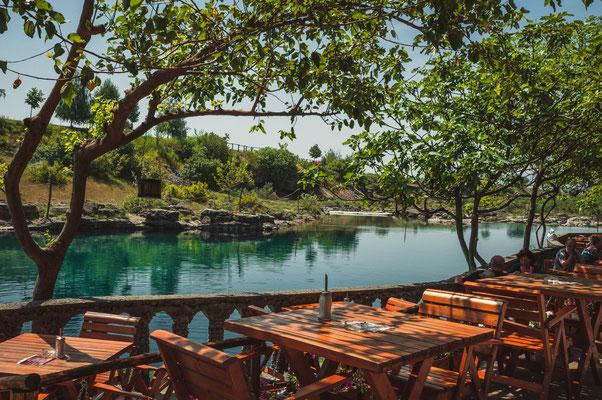 Schöne Aussicht vom Restaurant Niagara aus bei Podgorica in Montenegro