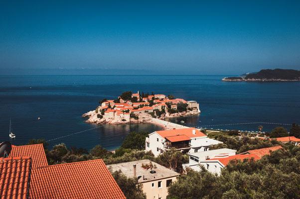 Die Insel Sveti Stefan in voller Schönheit