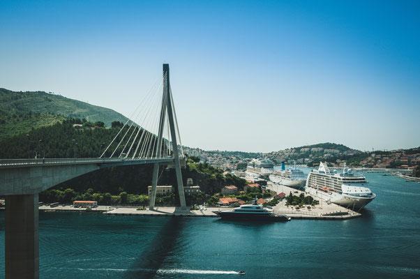 Die bekannte Brücke nahe Dubrovnik Most dr. Franja Tuđmana