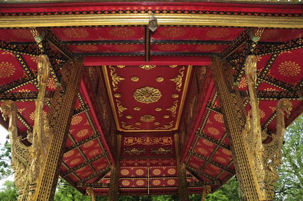 Thai-Sala Tempel von Innen