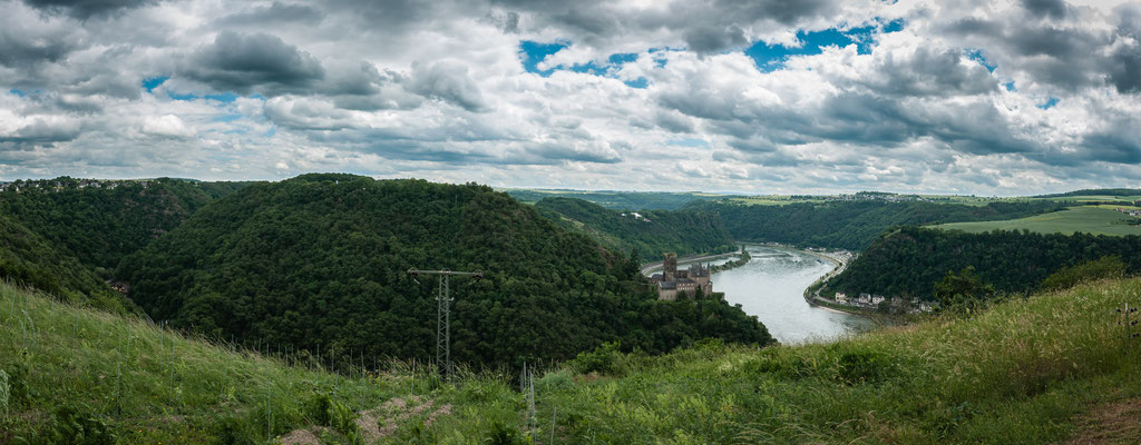 Dreiburgenblick oder Panorama Aufnahme mit Blick auf die Burg Katz