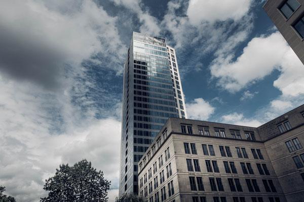 UBS Gebäude am Opern Platz in Frankfurt