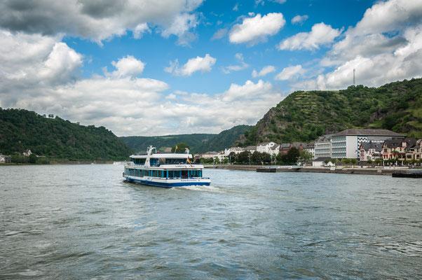 Schiffsrundfahrten am Rhein