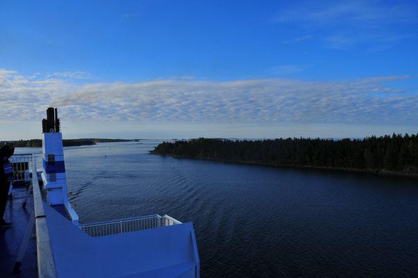 Kleine Inselgruppen und die Küste von Finnland