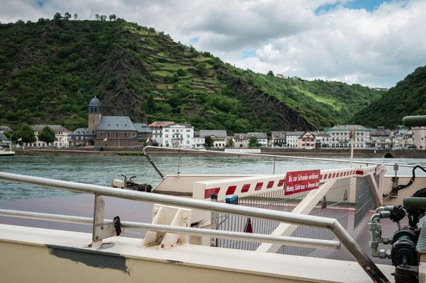 Von der Loreley aus auf die andere Seite des Rheins