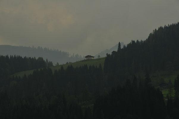 Haus mitten in den Alpen