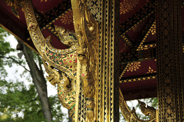 Thai-Sala Tempel Schnitzerei
