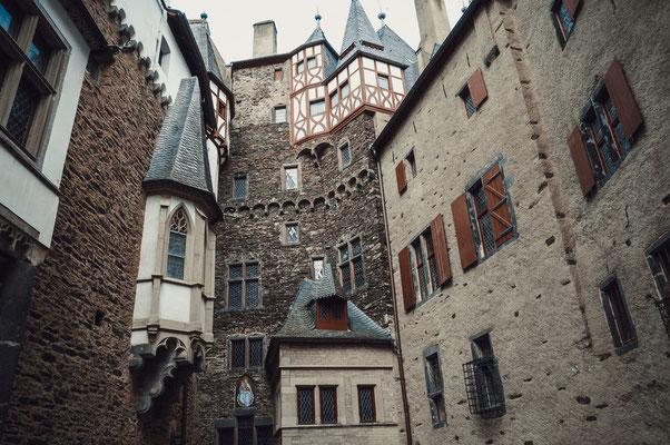 Burg wie aus dem Mittelalter