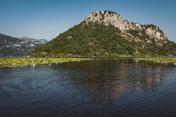 Die Berge am Skadarsee