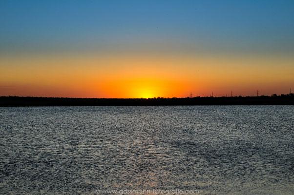 Sonnenuntergang am Stausee