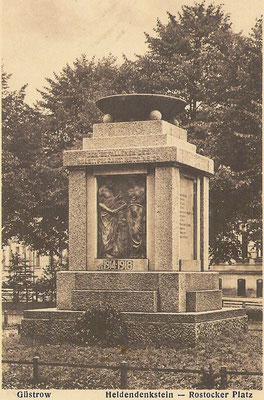 Denkmal für Gefallene des Holsteinischen Feldartilleriregiments Nr. 24 aus Güstrow