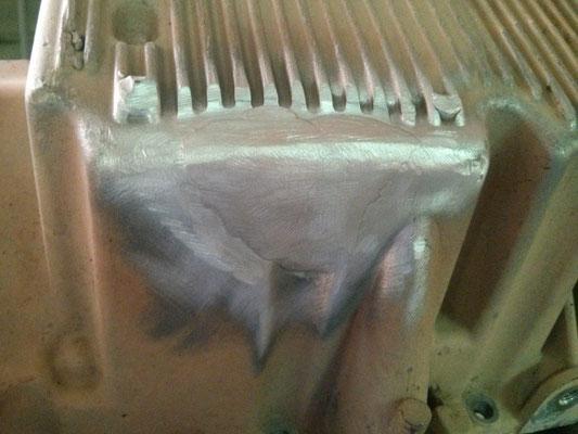Reparación de cárter mediante soldadura en aluminio.