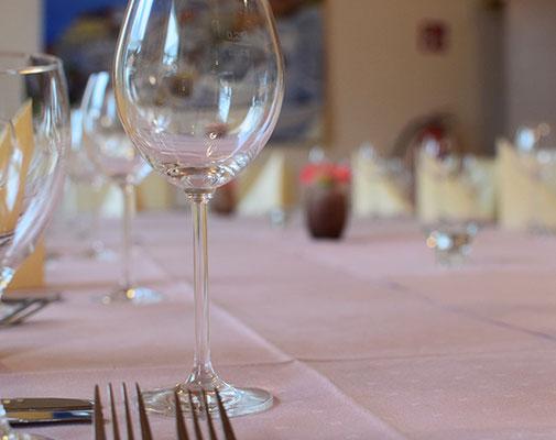 Nebenzimmer für Familienfeiern, Jubiläum und Feste
