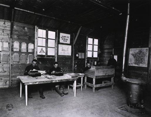Bureau de l'administration - Administration Office