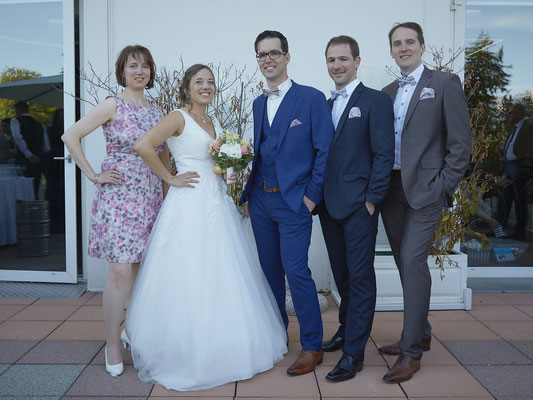 Mariage groupe famille et amis