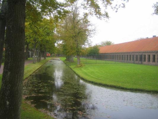 Reünie Korps Gestichtswacht uit april 1976 te Veenhuizen op 22 oktober 2010 (Wiel Hermans)