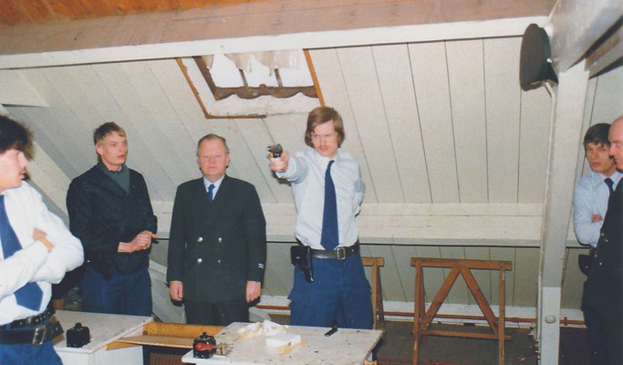 Gerben Hoitsma, René Hoving, Herman Drent,Harry Bosman, Brigadiers Kroes en de Vries