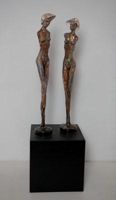 Deux Dames, 44 x 7 x 7 cm