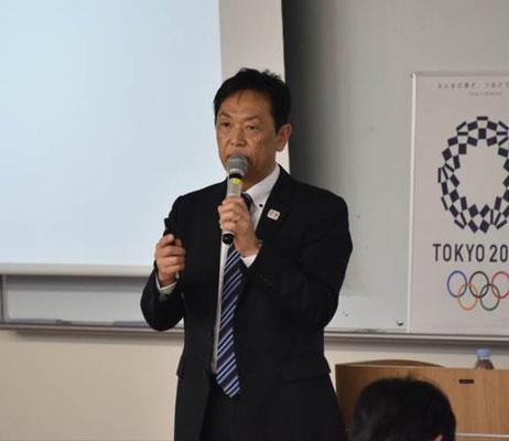 講師を務める倉田秀道氏(あいおいニッセイ同和損害保険経営企画部スポーツ振興チームリーダー)