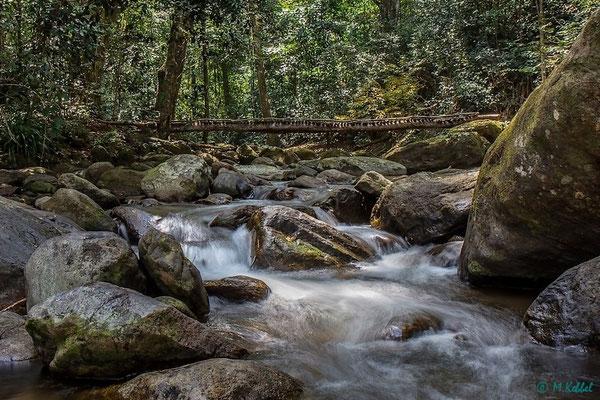 Brücke über den Sanje Fluss