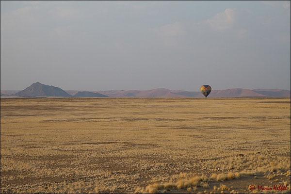 Ballonfahrt über der Namib
