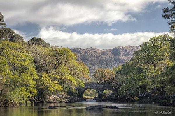 Alte Steinbrücke im Killarney Nationalpark