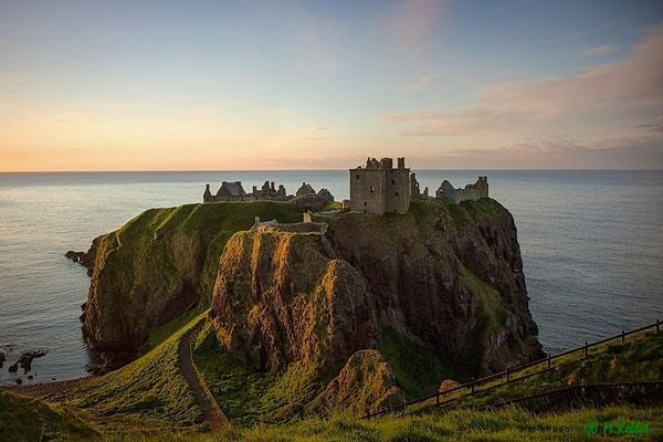 Dunnottar Castle bei Sonnenaufgang