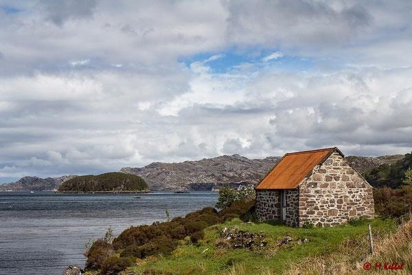 Schottisches Cottage am Loch Shieldaig