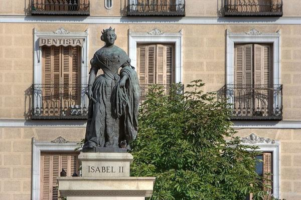 Statue Isabela II