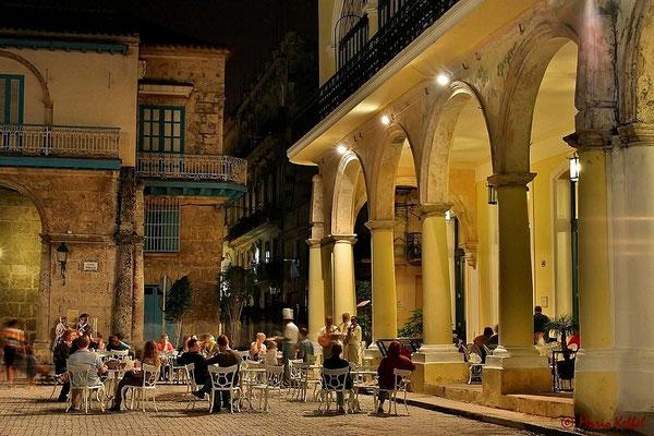 """Brauerei in Havanna """"Factoria Plaza Vieja"""""""