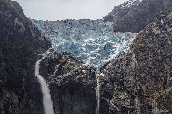 Chile: Hängender Gletscher im Queulat Nationalpark