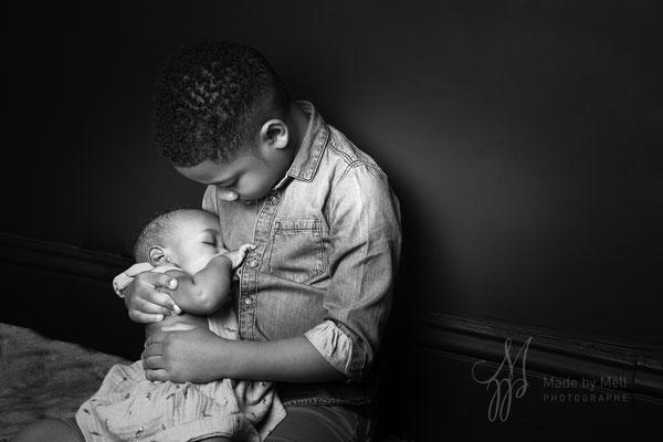 Séance photo nouveau-né bébé toulouse, photographe bébé toulouse, portrait bébé frère et soeur