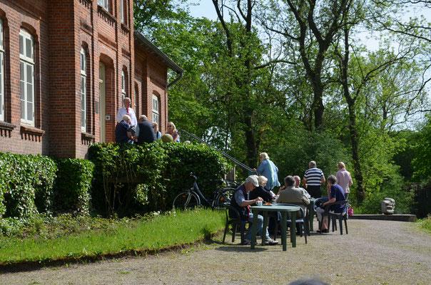 Literarisches Café 22.05.16  Foto: Dr. Dieter Wöhlk