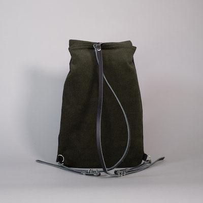Kleiner Rucksack aus Cord, grün