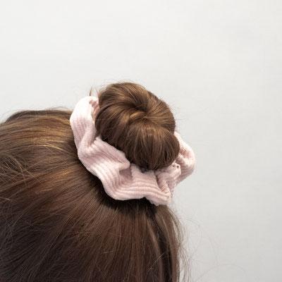 Scrunchie rosa - Zacamo - Düsseldorf - Haar - Frisur - Accessoire - puderrosa - Scrunchies