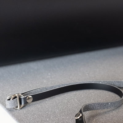 Lederriemen - Recycling Leder - schwarzes Leder - Metallschnalle -größenverstellbar - Zacamo