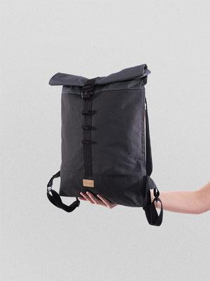 Kleiner Rucksack schwarz, plastikfrei