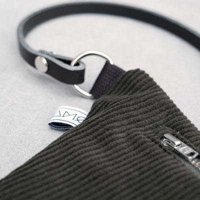 Bauchtasche - Gürteltasche - Cord - Bauchtasche Cord flaschengrün - Handtasche -Damentasche - zacamo - D-Ring - Lederriemen - Recyclingleder
