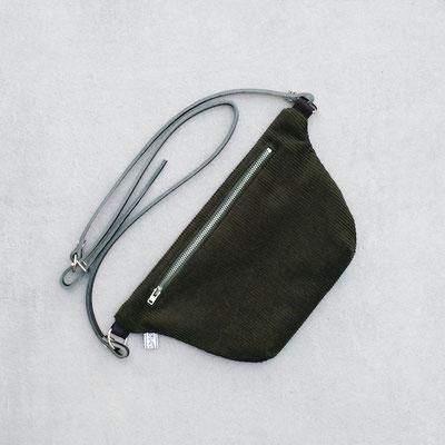Bauchtasche Cord - Handtasche - Tasche - Gürteltasche  - Cord - Cordtasche - flaschengrün - gruen - grün - dunkelgrün - olivgrün