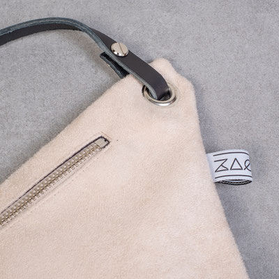 Bauchtasche Zacamo - Umhängetasche - Crossbodybag - Bumbag - helle Bauchtasche - weiße Tasche - schicke Tasche - Abendmode -