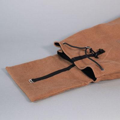 Kleiner Rucksack aus Cord, braun