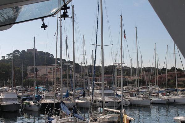 Im Hafen von Porquerolles