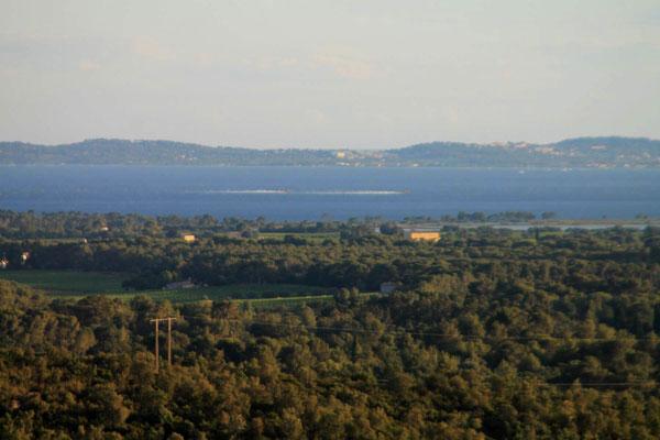 Löschflugzeuge in der Bucht von Hyères